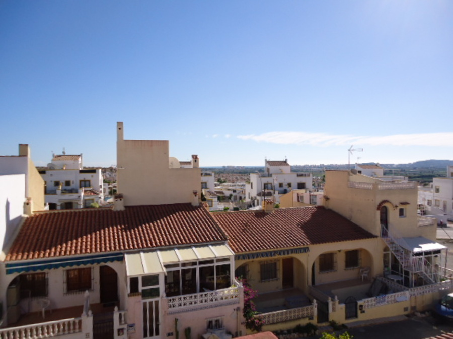 3 Bedroom Townhouse - Terraced For sale