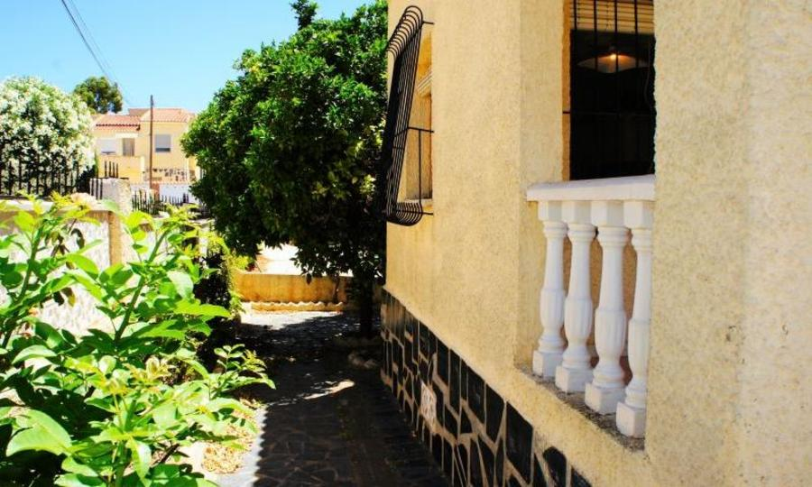 La Marina Alicante Detached Villa 97500 €