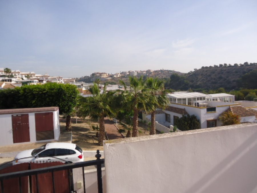 2 Bedroom Townhouse - Terraced For sale