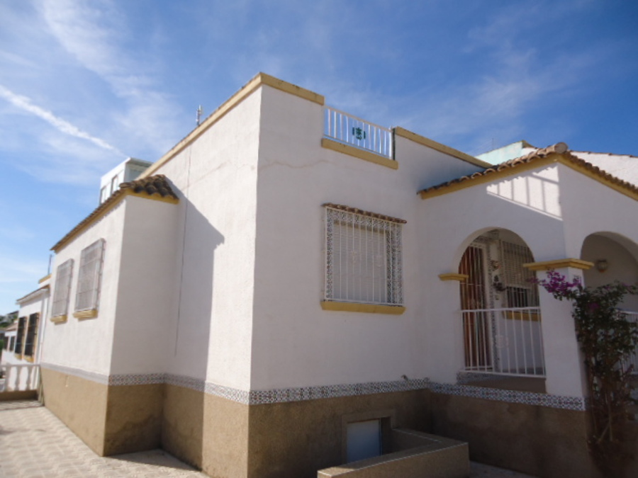 For sale Townhouse - Semi Detached 3 Bedroom