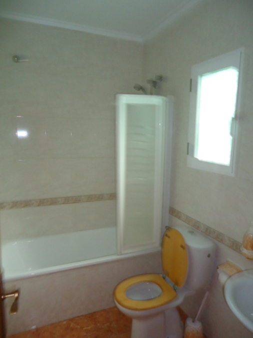 Townhouse - Semi Detached 3 Bedroom  For sale