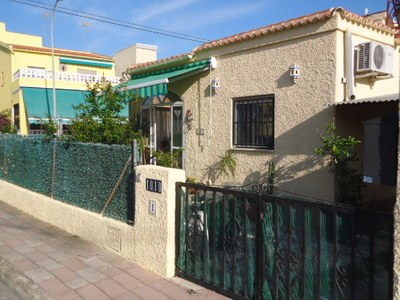 974: Detached Villa in La Marina