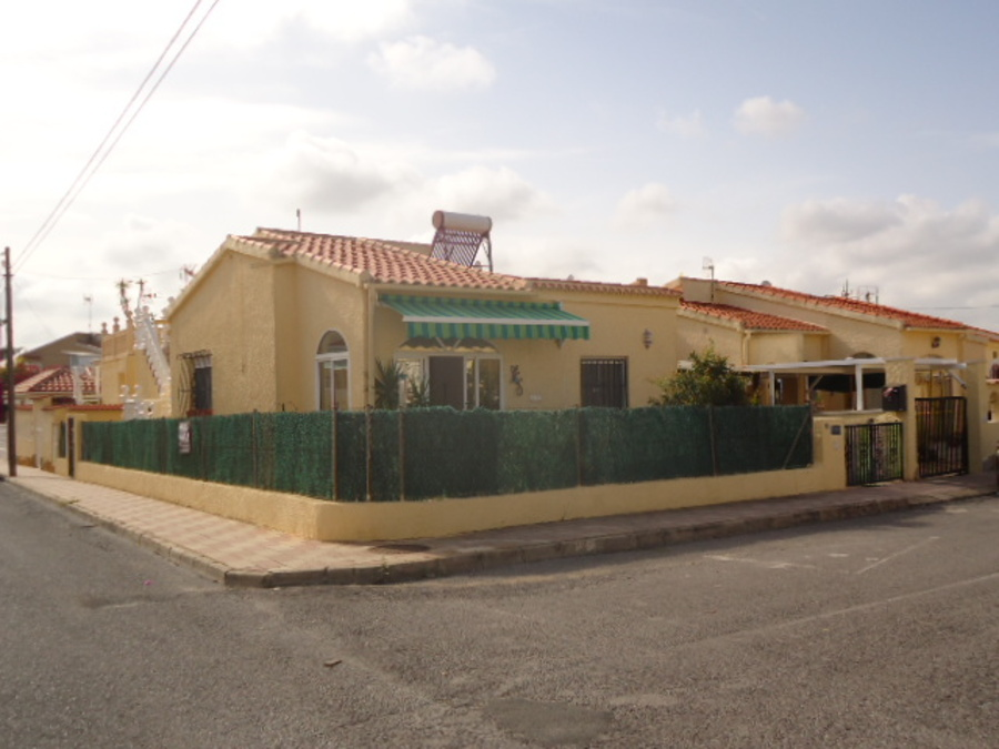 974: Detached Villa for sale in La Marina