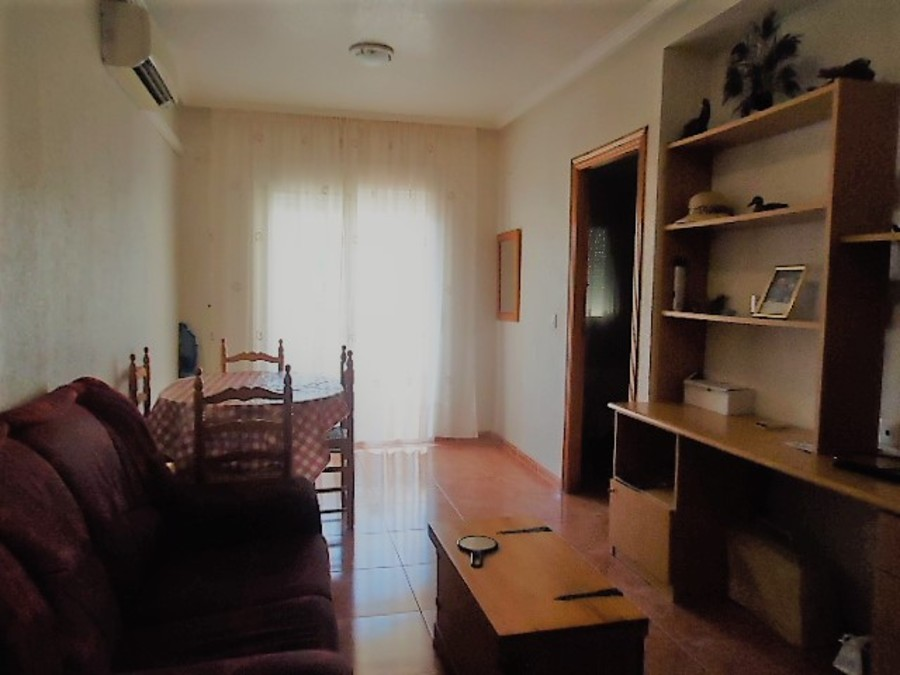 Apartment - Middle Floor 3 Bedroom  For longterm