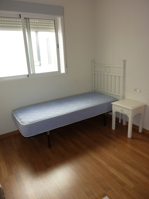 2 Bedroom Apartment - Middle Floor For sale