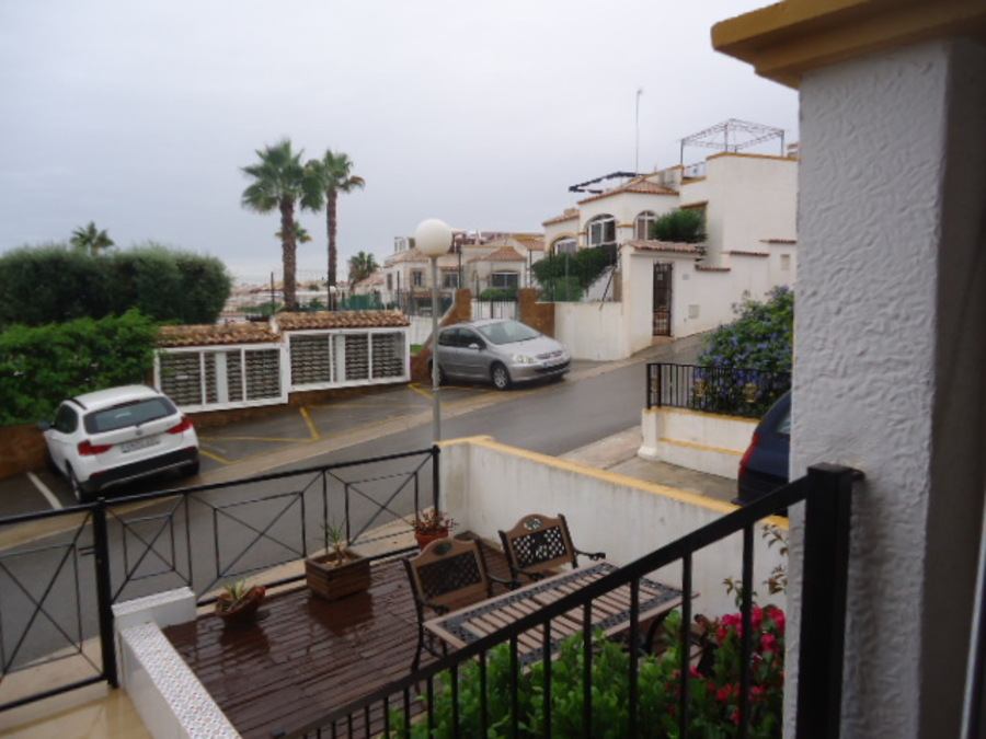 For sale Apartment - Middle Floor 2 Bedroom
