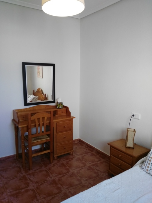 1110: Bungalow for rent in Elche
