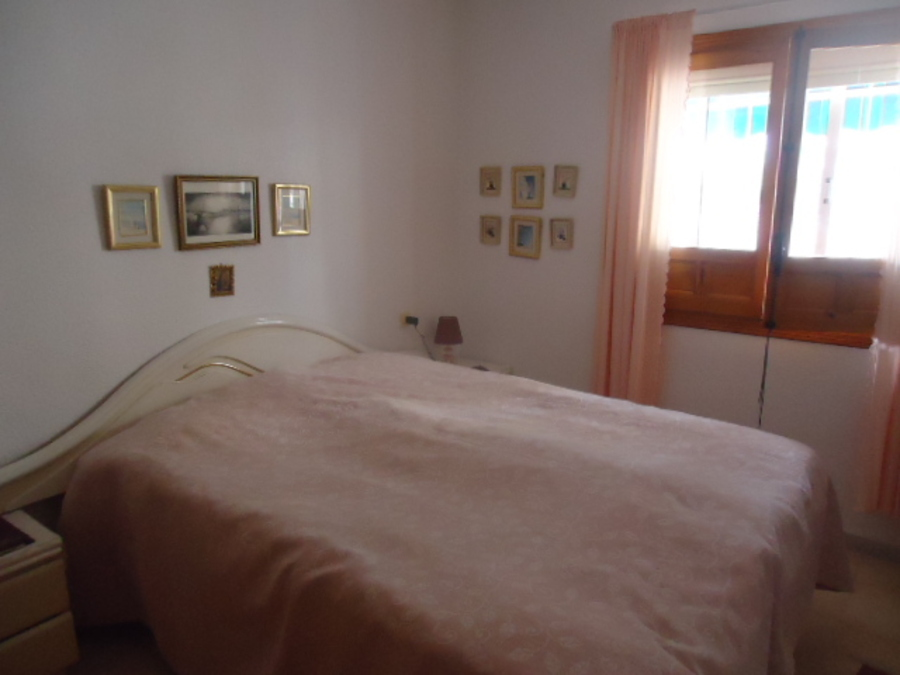 982: Detached Villa TILL SALU in La Marina