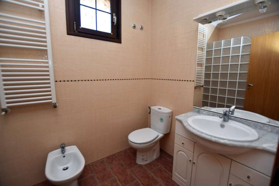 1148: Villa for sale in Torrevieja