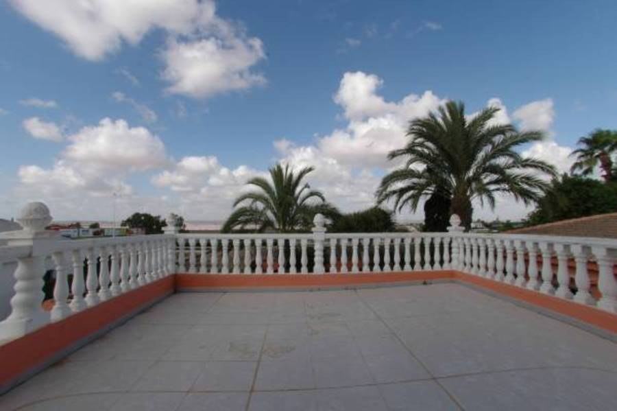 Torrevieja 5 Bedroom Villa