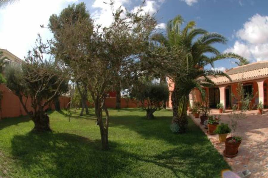 5 Bedroom Villa Torrevieja