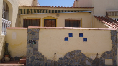 1193: Bungalow in La Marina
