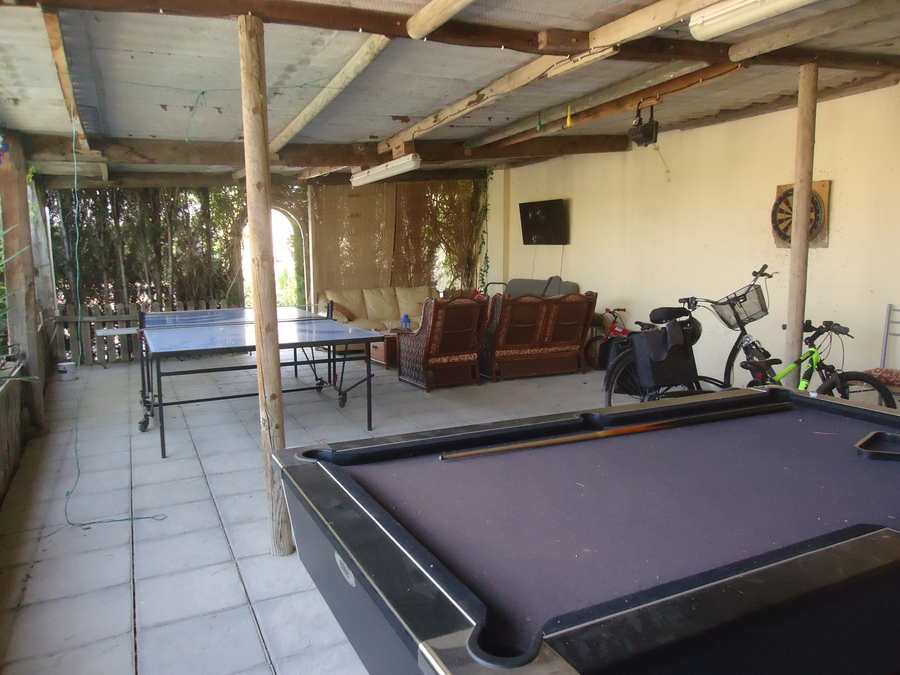 L0150: Finca for rent in Catral